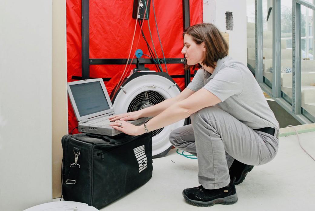 Blower Door Test Differenzdruck Messverfahren